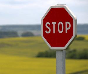 Hoe Bescherm Je Jezelf Tegen Agressieve Colportage?